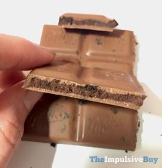 QUICK REVIEW: Milka Double Chocolate Oreo Candy Bar