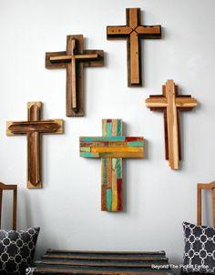 Reclaimed Wood Crosses, http://bec4-beyondthepicketfence.blogspot.com/2016/02/reclaimed-wood-crosses.html