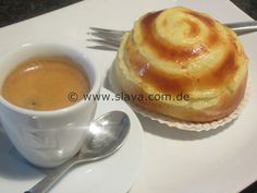Twisted Buns gefüllt mit Pudding