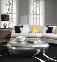 Silver Coffee table, comes in Gold and White.    Instant available.