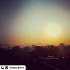 #Repost @depapangmusic    Selamat pagi.. hikmah bangun pagi nih guys.. bisa nikmatin matahari pagi yang indah dan segar.. #banjaran #bandungjuara  #bandung #bandungselatan #bandungkidul #ciwidey #soreang #sehat #olahraga #sport #sunrise #coffee #milk #susu #band #music