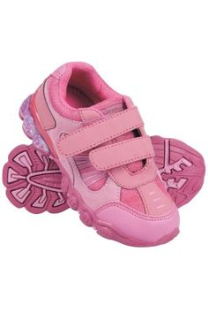 You cant beat this fashion Running Trainers, Velcro Straps, Baby Shoes, Walking, Free Delivery, Kids, Clothes, Shopping, Sport