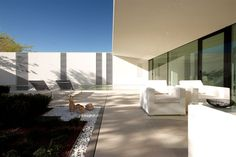 Image 6 of 21 from gallery of Jesolo Lido Pool Villa / JM Architecture. Photograph by Jacopo Mascheroni