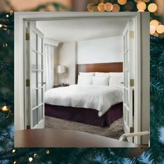 Traveling to the area next month for the holidays? Book our Holiday Stay N' Save Rate to enjoy accommodations for two nights or more at a low rate!