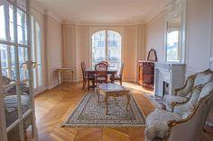 Spacious apartment with Eiffel Tower views
