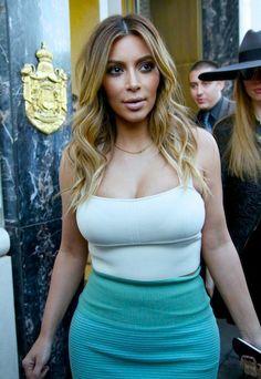 Kim Kardashian - Tumblr Tuesday Crazy Kardashian Brazil