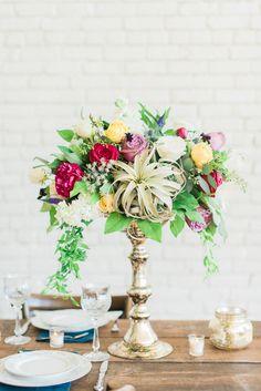 Amanda Bee's Floral Designs @rachelhaywoodTX @birchandbrassrentals   #bohemian wedding #bohemian #bohemianbride #houstonflorist #wedding #weddingcenterpiece #airplant