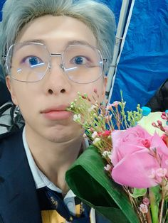 Image discovered by 𝒞𝐿⁷. Find images and videos about kpop, bts and jungkook on We Heart It - the app to get lost in what you love. Bts Namjoon, Yoongi, Bts Bangtan Boy, Seokjin, Hoseok, Taehyung, Bts Boys, Mixtape, Eminem