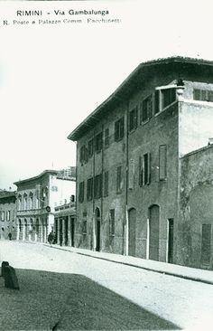https://flic.kr/p/skxFu2 | I vecchi palazzi che si affacciavano su Piazza Ferrari #fotostoriche #rimini #riminisparita | Concessione Biblioteca Gambalunga Rimini