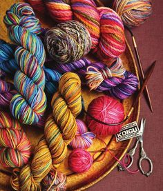 Wrapped in Color: 30 Shawls to Knit in Koigu Handpainted Yarns by Sixth&Spring Books - issuu