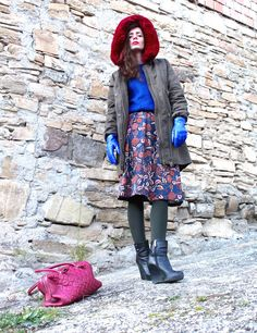 #gloves #blue #skirt #fashion #streetstyle #burgundy #streetstyle #christmas #parka #fauxfur #winter #outfit #blogger