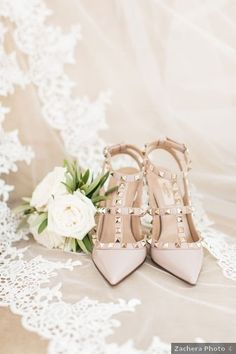 Wedding shoes ideas - nude, taupe, beige, blush, studded, heels, elegant {Zachera Photo}