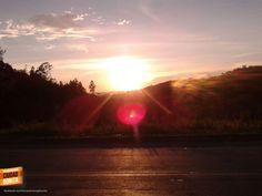 Disfrutando el atardecer visto desde la carretera que conduce al Aeropuerto Internacional Palonegro de Bucaramanga. Gracias Oscar Zambrano (http://on.fb.me/1Hw2dam) por compartir esta foto #AtardecerBuc