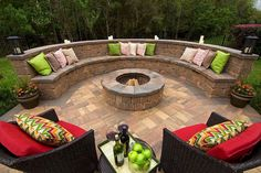 Cozy Outdoor Fire Pit Seating Design Ideas for Backyard One of the wonderful things about a backyard, is that you get to create your own oasis and enjoy it all year round, especially if you have a beautiful fire pit… Continue Reading → Outdoor Decor, Backyard Design, Outdoor Kitchen Design, Fire Pit Seating, Round Fire Pit, Patio Design, Outdoor Fireplace, Wall Seating