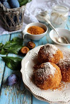 Illéskrisz Konyhája: ~ KLASSZIKUS SZILVÁS GOMBÓC ~ Hungary Food, Hungarian Girls, Mango, Muffin, Food And Drink, Pudding, Breakfast, Recipes, Feelings