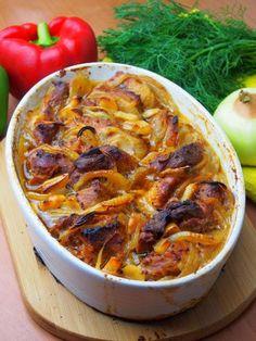 Szefowa w swojej kuchni. ;-): Łopatka wieprzowa pieczona w piekarniku z cebulą i czosnkiem