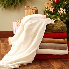 Take a look at the Under $20   For the Bedroom event on zulily today!