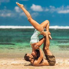 This article will lead to 5 easy to do, great before sex Yoga moves. Try doing this useful yoga for improved satisfying sex. looking for Workout: The Great Sex Yoga Workout. Here is an easy to mimic tutorial on Workout: The Great Sex Yoga Workout. Couples Yoga Poses, Acro Yoga Poses, Partner Yoga Poses, Iyengar Yoga, Ashtanga Yoga, Couple Yoga, Yoga Fitness, Sport Fitness, Yoga Inspiration