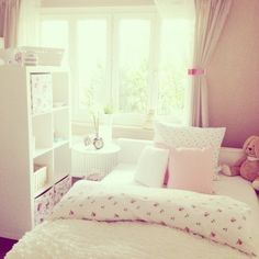 girly bedroom sorry of posting so many bedroom pics but love a bit of inspiration for my room