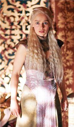 Emilia Clarke Daenerys en Juego de Tronos