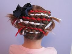 I M-U-S-T try this 'do out on the girls' hair next year for our neighborhood parade!  AWESOMENESS!!!!!!
