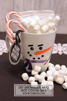 DIY Snowman Mug Hot Cocoa Neighbor Gift Idea