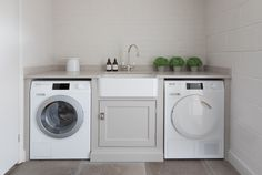 Incorporating a utility / laundry room into your home is an excellent idea if you have an open plan kitchen and dining area. Weekly chores such as was Laundry Room Layouts, Laundry Room Storage, Laundry Room Design, Laundry Rooms, Bathroom Laundry, Small Laundry, Pantry Storage, Small Utility Room, Utility Room Designs