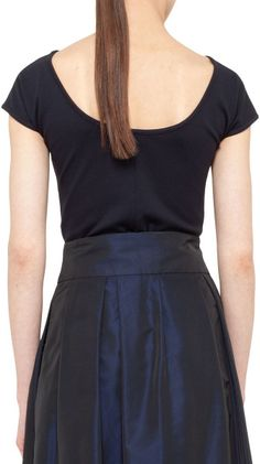 Akris Punto Jersey Capsleeve Boatneck Top Navy in Black (NAVY) Different Necklines, Black And Navy, Boat Neck, Stuff To Buy, Clothes, Tops, Dresses, Women, Fashion