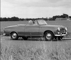 Peugeot 403 Cabriolet - 1957-61 Souvenirs, souvenirs !!  #cabriolet #Pinterest #France