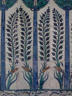 Turkish Iznik Tiles from the Topkapi Palace, Istanbul Tile Art, Mosaic Tiles, Tiling, Turkish Tiles, Turkish Art, Tile Patterns, Textures Patterns, Middle Eastern Decor, Architecture Unique