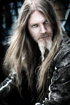 Marco Hietala (Nightwish) adasda Marco  el mejor bajista forever :3