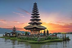 To celebrate TripAdvisor's first Travelers' Choice® awards for Rentals, we're giving away an incredible bucket-list trip to Bali, voted the world's best destination by TripAdvisor travelers! You and a lucky companion will get free flights, dates of your choice, and a 10-night stay in one of the award-winning properties right in the heart of Seminyak.   …
