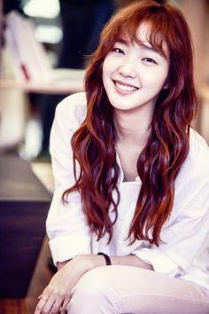 Kim Go Eun. Ahh. She was so precious in Cheese in the Trap as Hong Seol.