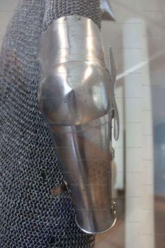 Arm Harness, Musée de l'Armee, Paris 1380-1400 ref_arm_1015_002