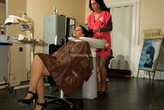 Shampoo Cape Friseurumhang aus dem Kultsalon Waschumhang PVC braun a0008 in Beauty & Gesundheit, Spa, Kosmetik- & Friseursalon, Umhänge & Kittel | eBay