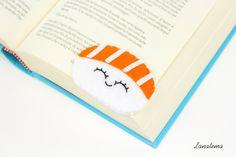 Sushi segnalibro ad angolo, nigiri salmone fatto a mano, cibo giapponese, regalo amante sushi, pannolenci arancione, idea compleanno di Lanatema su Etsy