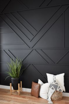 Home Decoration Inspiration Modern Accent Wall.Home Decoration Inspiration Modern Accent Wall Black Accent Walls, Black Walls, Wood Accent Walls, Accent Wall Panels, Black Wood Floors, Black Painted Walls, Accent Ceiling, Ceiling Fan Chandelier, Dark Grey Walls