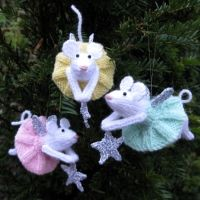 Christmas fairy mouse ornament knitting pattern