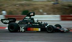 Thomas Maldwyn Pryce (GBR) (UOP Shadow Racing Team), Shadow DN5 - Ford-Cosworth DFV 3.0 V8 1975