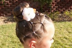 I might have to do Hailey's hair like this for Easter