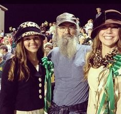 Duck Dynasty's Sadie with her Uncle Si & bff.