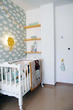 Habitació infantil suave nubes mint. Complementos Ferm Living .