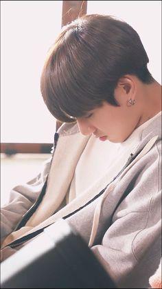 don't believe in my fame Bts Jungkook, Taehyung, Billboard Music Awards, Busan, Korea, Jungkook Aesthetic, Vkook, Jeon Jeongguk, Jung Kook