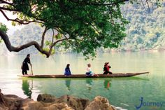 Travel Authentic Asia offer customized tours and travel pakages in Vietnam, Laos, Cambodia, Thailand. Custom your tours - Travel your style with our experiences. Vietnam Travel Guide, Vietnam Tours, Vietnam Tour Packages, Travel Forums, Cave Tours, Largest Waterfall, Natural Scenery, Travel Magazines, Group Tours
