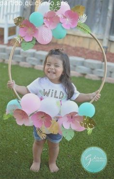 tropical birthday photo prop hoop frame, paper flowers Welcome everyone! I just celebrated my youngest daughter's birthday, and I really enjoyed creating this theme for my baby girl! (Note: This post may contain affiliate links. I make a smal… 2nd Birthday Party Themes, Wild One Birthday Party, Luau Birthday, Unicorn Birthday Parties, First Birthday Parties, First Birthdays, Girl Birthday Decorations, Flower Birthday, Diy Birthday Frame