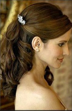 sleek half up half down with curls, love the clip
