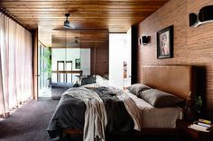 Should you make your bed every day?