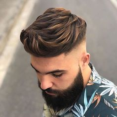 The crew cut haircut is for men who are searching for a look featuring low maintenance Skin Fade Hairstyle, Fade Haircut, Hairstyle Men, Popular Haircuts, Haircuts For Men, Clean Cut Haircut, Hair And Beard Styles, Short Hair Styles, Mens Hair Colour