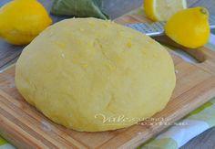 Pasta frolla al limone ricetta base dolce, una ricetta semplice e tanto profumata, ideale per crostate, biscotti, tartellette e tanto altro ancora