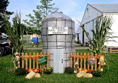 2019 Hay Bales, Shop Local, Main Street, Maine, Fair Grounds, Fun, Travel, Viajes, Traveling